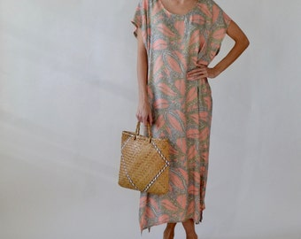 Womens caftan / cotton caftan / muumuu / moomoo / plus size dress / maternity dress / one size / pastel
