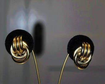 CROWN TRIFARI Designer Couture Dangle Gold Tone Astounding Earrings ED12