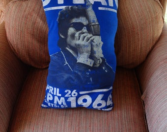 Bob dylan throw pillow, bob dylan pillow, bob dylan home decor, bob dylan gift, home decor, man cave pillow, man cave decor