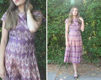 Vintage Silky Taffeta Dress IKAT PRINT Purple Ombre Frock 50s Retro Woman Small Medium fit & flare MIDI Skirt Pleated Spring Summer Weddings