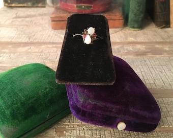 Antique Ring Display