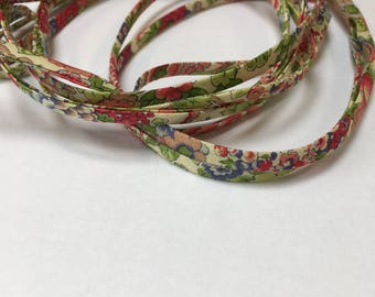 Fabric necklace in Liberty Lawn