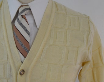Vintage Cream Colored Square and Circle Knit Cardigan by Beston Size Extra Small