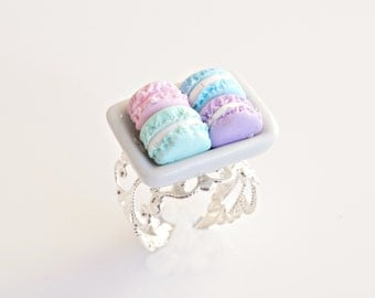 French Macarons Ring, Macaron Ring, Macaron Jewelry, Pastel Macarons, Clay Macarons, Mini Food, Kawaii Jewelry