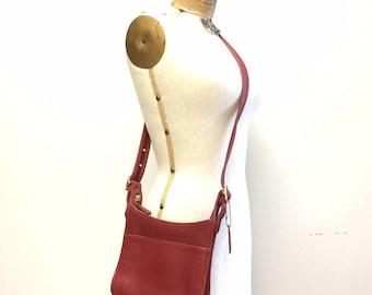 Vintage Coach Bag Red Leather Crossbody Shoulder Style 9997 Handbag Purse Pocketbook Cross Body Small Gold Hardware