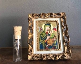 Miniature Virgin Mary Madonna E Bambino Framed Religious Iconography