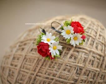 Handmade earrings with poppy red and chamomile, Handmade floral earrings, Wildflowers earrings, Red flowers earrings
