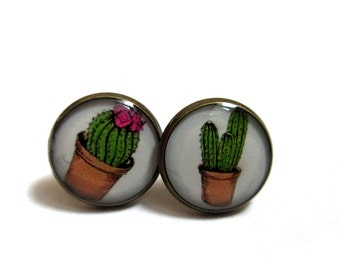 CACTUS EARRINGS - cactus stud earrings - cactus post earrings - summer earrings -  green - desert studs - plant studs - Southwestern Jewelry