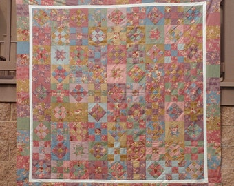 """MISS ROSIE'S TAG Sale Shabby Floral Fabric Robyn Pandolph Quilt Kit  10 yds +Backing 80""""x80"""" Free Shipping"""