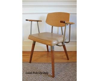 Vintage Industrial HILL-ROM Mid Century Modern Chair Armchair