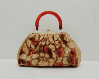 Vintage Velvet Floral Tapestry Purse; Lucite Handle Brown Kisslock Clutch 1950s; FREE SHIPPING U.S.A.