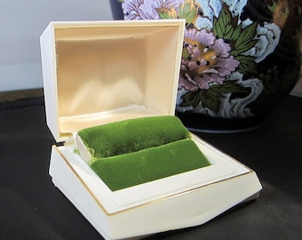 Antique Art Deco Style Celluoid/Plastic Presentation Ring Box/Presentation Jewelry Box