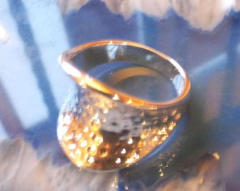 Sterling Silver Ring.... size 8 only