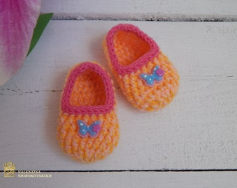 Newborn shoes. Crocheted Baby Slippers.  New Baby Gift. Infant shoes, Baby dress shoes. Baby ballerina shoes. Princess baby shoes