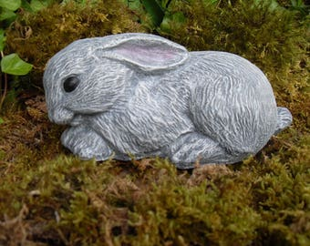 Rabbit Statue, Bunny Garden Statue, Outdoor Woodland Rabbit, Rabbit  Memorial Statue, Hare