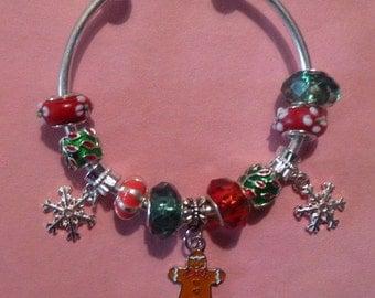 22- Open Christmas  European Style Charm Bracelet ~ Gingerbread Person
