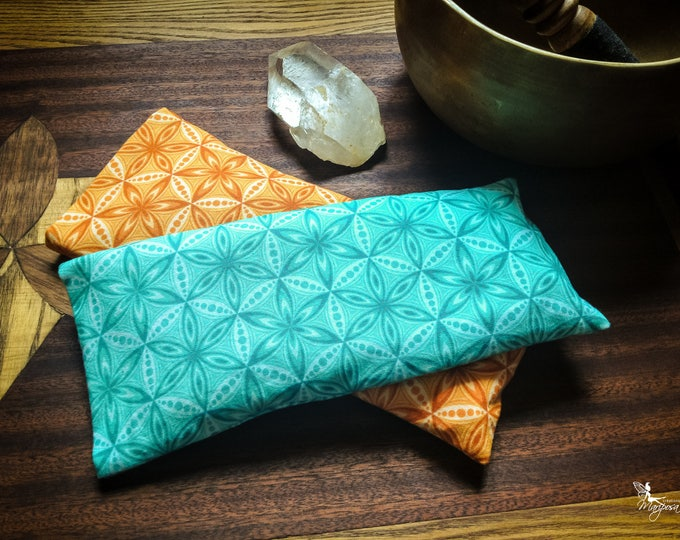 Yoga eye pillow Flower of Life shavasana relaxation meditation sacred geometry pattern handmade gear by Creations Mariposa