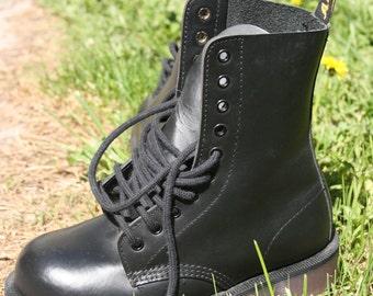 black air wair bouncing soles steel toe 36 EU 6US lace up booties