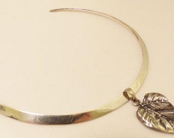 Sterling Silver Large Leaf Collar Necklace