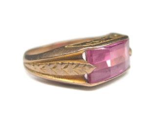 Ladies Antique 10K Pink Topaz Ring Size 7