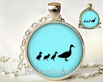 Duck Necklace,Mother and Baby Ducks,Ducklings, Jewelry,Pendant,Baby Ducks Necklace,Bird Jewelry,Jewellery,Gift,Picture,Glass,Art Pendant