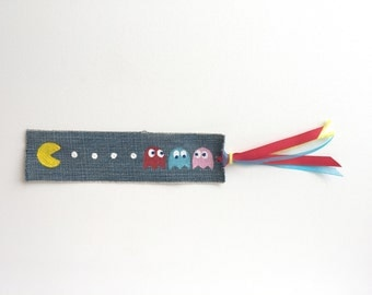 Pac-Man Inspired Bookmark, Retro Arcade Gamer Gift, 80s Video Game Gift, 80s Theme Gift, Vintage Gaming, Hand-Painted Blue Jeans Bookmark