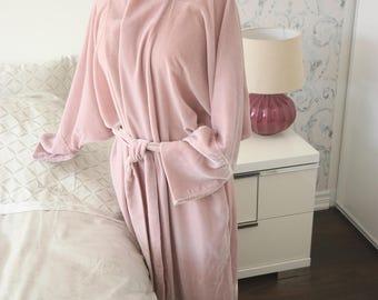 Fancy Chic Lounge Housecoat in Dusty Rose Silk Velour Kimono-style Robe, Women's Luxurious Bathrobe, Cozy Housecoat