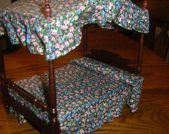 Mahogany Canopy Double Bed in 1/12 scale Miniature Dollhouse