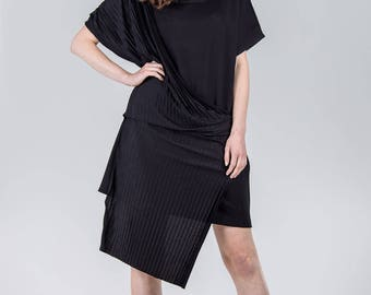 Woman's elegant dress / Black pleated dress / Special occasion black dress / Knee length woman's dress / Fasada 1786