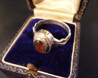 Vintage 925 amethyst ring - sterling silver - UK N - US 6.75 - Unique design