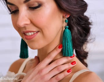 Bridesmaid gift birthday Tassel earrings Silk earrings long earrings Emeralg green earrings Wedding earrings Bridal earrings Dangle earrings