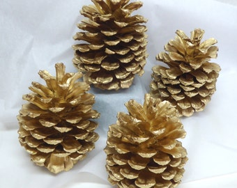 Gold Pinecones Decorations