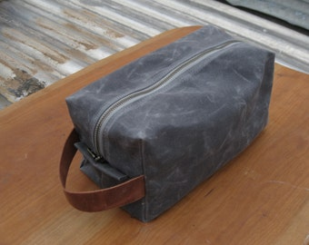 Dopp Kit - Waxed Canvas in Charcoal Grey with Leather Handle. Toiletry Bag for Men, Unisex Dopp Kit, Groomsman Gift, Travel Kit for Men