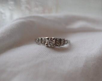 Elegant and romantic vintage 18K white gold Old European Diamond engagement ring