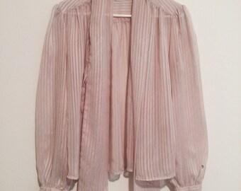 Super cute sheer vintage blouse size 12/14