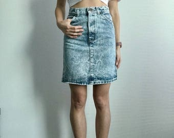 Vintage Levi's High Waist Mini-Skirt // Size XS 22