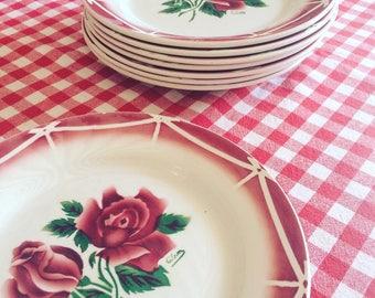 SARREGUEMINES DIGOIN, model CIBON dessert plates. s. 1940 french vintage. Pink.