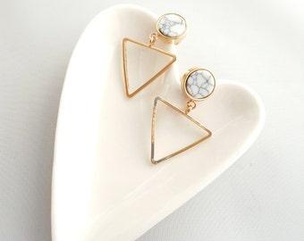 White Marble Earrings, Triangle Geo Earrings, Triangle Earrings, White Marble Stud Earrings, Marble Minimalist Earrings, Geo Marble Earrings