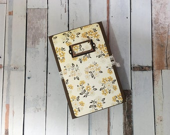 Floral, Junk Journal, Tea dyed, Handmade, Hardcover, Vintage Journal, Mixed Pages, Smash book, Scrapbook, Album, Writing Journal, Blank Book