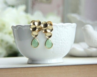 Mint Earrings, Mint Wedding, Wedding Earrings, Mint Green Wedding, Mint and Gold Earrings, Bridesmaid Gift, Christmas Gifts, Gifts for Her