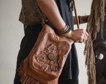 On Sale⎜MIDNIGHT WHISPER 001⎜Brown leather shoulder bag with gemstone⎜Boho bag⎜Crossbody bag⎜Tribal bag⎜Festival bag