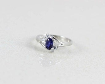10k White Gold Blue Sapphire with CZ Accents Ring Size 7 1/4