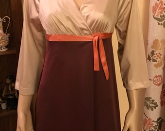 Great Vintage Sixties Nylon Knit Beige,Brown, and Orange Robe