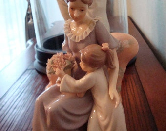 Vintage Mother & Daughter with Bouquet Statue - Excellent Condition!!