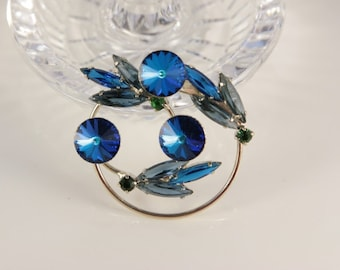 Blue Blueberry Brooch Deep Royal Wreath Pin Christmas Gift For Mom Mother Jewelry Wedding Pin Mother of Groom Present Heliotrope Juliana Pin