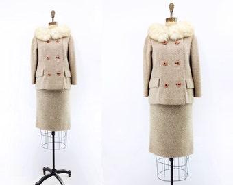 1960s Tweed Suit, Vintage Skirt Suit, Fur Collar Jacket, Beige Wool Suit, Wool Tweed Jacket, 1960s Pencil Skirt, 2 Piece Skirt Suit, Small