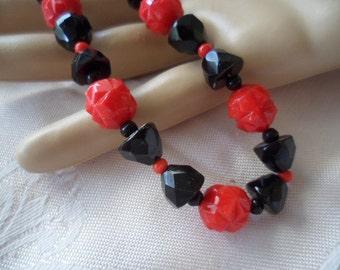 Antique Art Deco vintage red and jet black Czech glass bead necklace