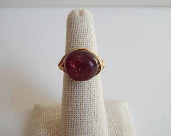 Gold wire wrapped dark pink tourmaline nugget ring, boho style, festival jewelry, beach chic, trendy, handmade ring, statement ring