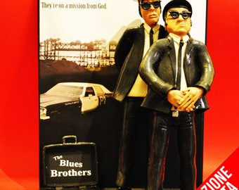 Figurine - Action Figures Blues Brothers and Bluesmobile background and bag with dollars