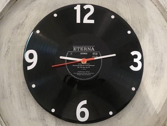 uhr aus schallplatte eterna schwarz lp vinyl deko wall clock. Black Bedroom Furniture Sets. Home Design Ideas